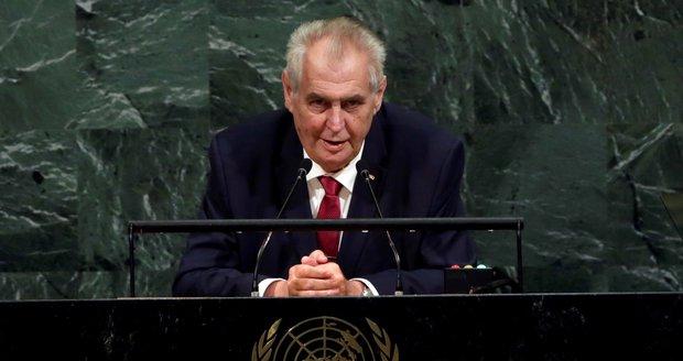 Zeman vyzval v OSN: Bojujte už konečně s terorem! A varoval před vrahy mezi uprchlíky