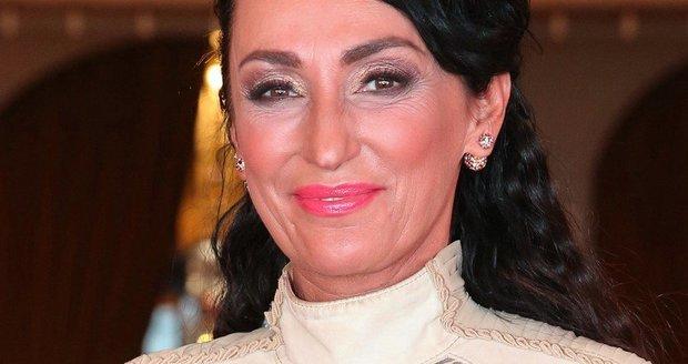 Sisa Sklovská se předvedla v průhledných šatech.