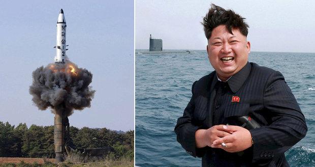Raketa KLDR přiblížila svět válce, varují USA. Ať s nimi celý svět ukončí vztahy, chtějí