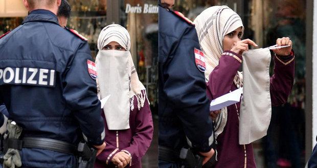 Sundej to dolů! Policisté v Rakousku se po zákazu zahalování s muslimkami nemazlí