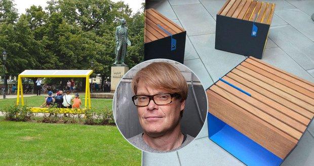 Autor chytrých laviček v Praze: Lidé jsou víc venku, vychytávky jsou potřeba, říká