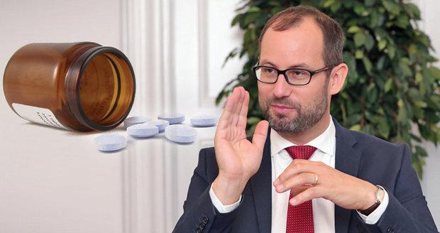 """""""Ve zdravotnictví se stále krade."""" Lídr Starostů Farský o problémech, které pálí Čechy"""