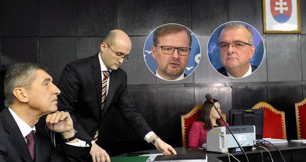 """Kalousek a ODS """"zaklekli"""" na Babiše kvůli StB. Experti: Kauzu i letos ustojí"""