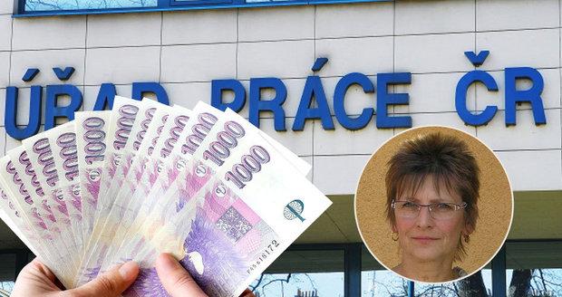 Věru (60) poslal úřad práce na pohovor. Pak jí za to sebral podporu a chtěl vrátit 35 tisíc