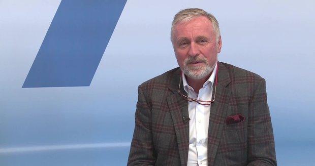 """Topolánek o vyjednávání: """"Kalousek tě zařízne jako ovci,"""" řekl po volbách Čunkovi"""