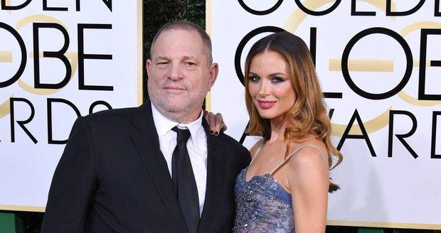"""""""Strašně to bolí."""" Naivní žena sexuálního predátora Weinsteina se rozplakala"""