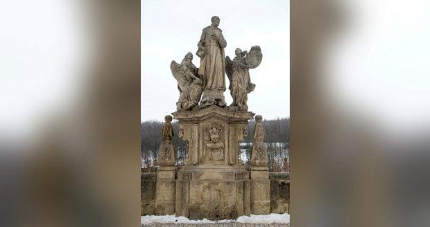Sousoší sv. Františka Borgiáše se vrátí na Karlův most.