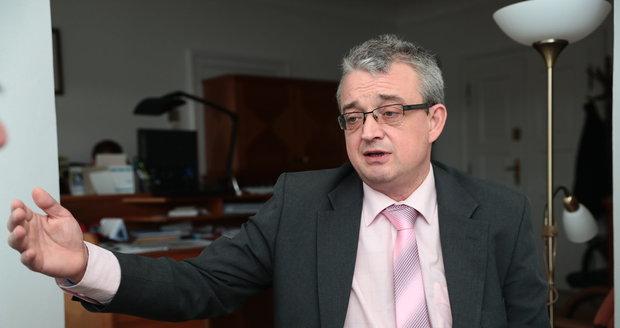 """Marek Benda měl namále: """"Jinou práci už jsem měl vymyšlenou."""" Poslancem je 25 let"""