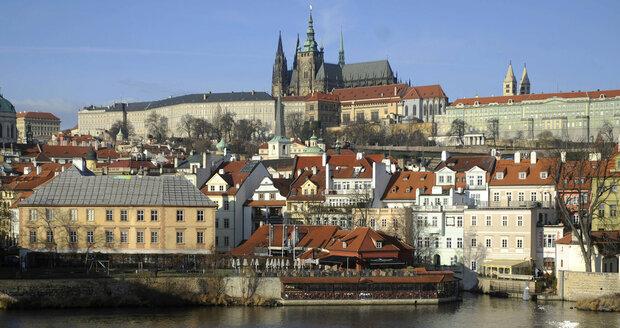 Korunovační klenoty či symboly státnosti. Pražský hrad oslaví 100 let republiky řadou výstav