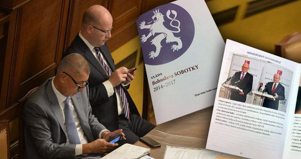 Vládní brožura je plná fotek Sobotky, Babiš zcela chybí. Šéf ANO má jasno