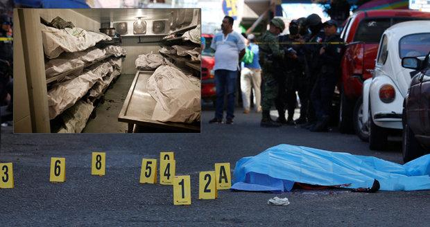 Mexiko šokoval nález 29 těl: Vrazi je rozčtvrtili a zabalili do více než 100 pytlů