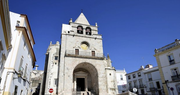 Všechny chutě Portugalska si zamilujete a vyzkoušíte v Alentejo, kam se budete rádi vracet.