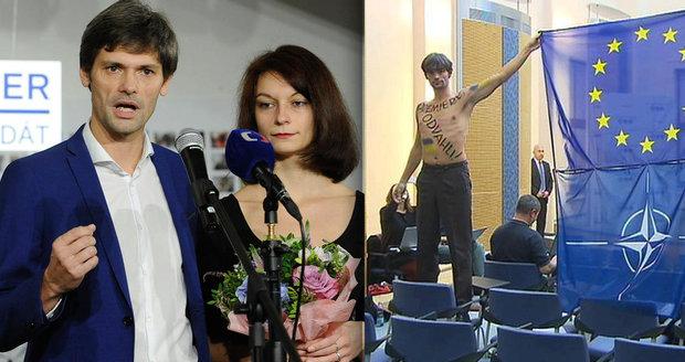 """Kandidát na prezidenta Marek Hilšer chce """"léčit"""" Hrad. Nahým protestem se postavil Rusům"""