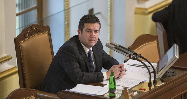 """Hamáček chce šéfovat skomírající ČSSD. """"Postavím stranu na nohy,"""" slibuje"""