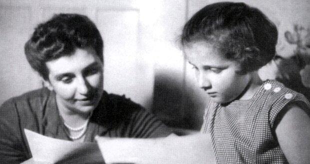S dcerou Janou, která spáchala v patnácti sebevraždu.