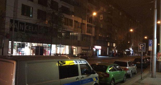 Brutální útok v ulici Komunardů.