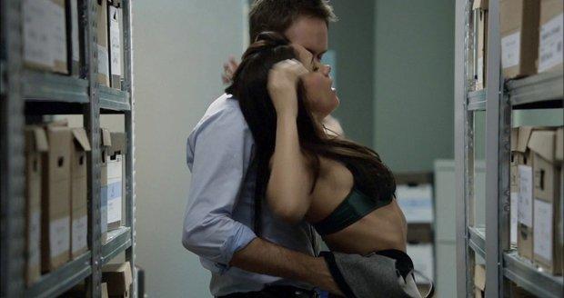 La scène de sexe de Meghan Markle et Patrick J.Adams dans la série Ties