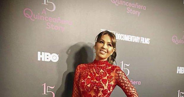 2017 - Mexická zpěvačka Thalía, hvězda telenovely Rosalinda