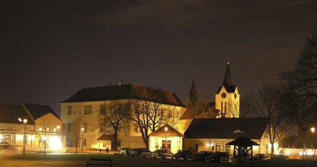 Chvalský zámek v Horních Počernicích