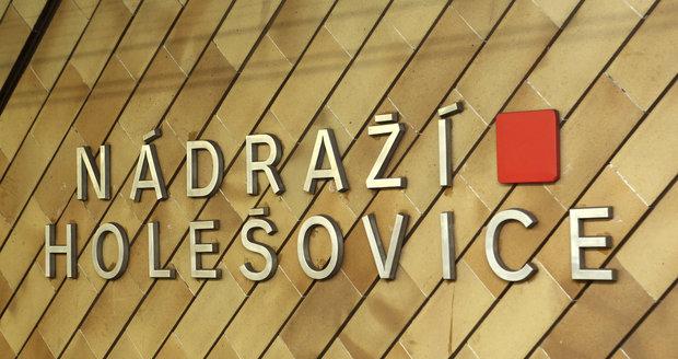 DPP chce vytvořit s developerem společný podnik na zástavbu Nádraží Holešovice.