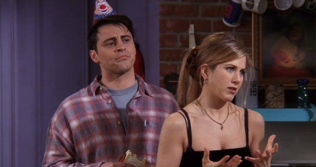 Jennifer Aniston a Matt LeBlanc jako Rachel a Joey v Přátelích
