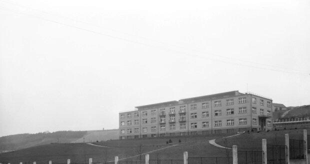 Masarykův ústav pro léčení lupusu – dnes v nemocnici v Motole – na snímku z roku 1938