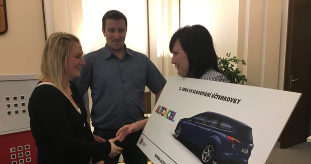 Manželé v Účtenkovce vyhráli nové auto. A státní loterie chystá překvapení