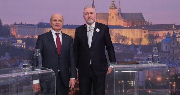 """Topolánek vyjel na Horáčka za """"esenbáka"""" Ondráčka. Duel Blesku přinesl ostrou hádku"""