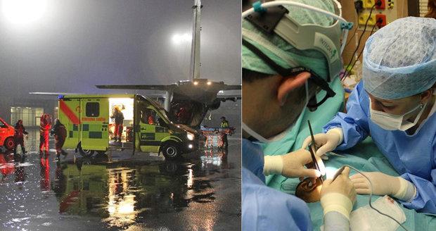 Pražští lékaři zachraňovali život pětiměsíčnímu miminku v Ostravě. Letadlem u něj byli za 50 minut