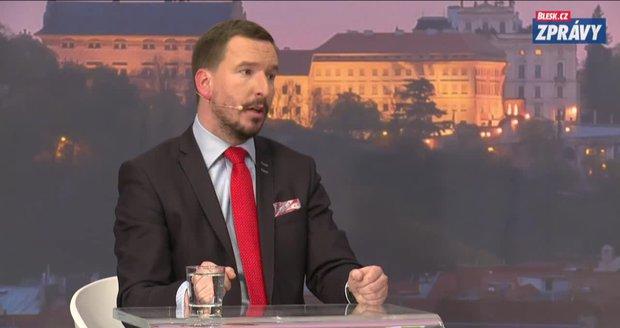 """""""Pravá kampaň nás teprve čeká"""". Expert: Zeman zkusí využít slabin Drahoše"""