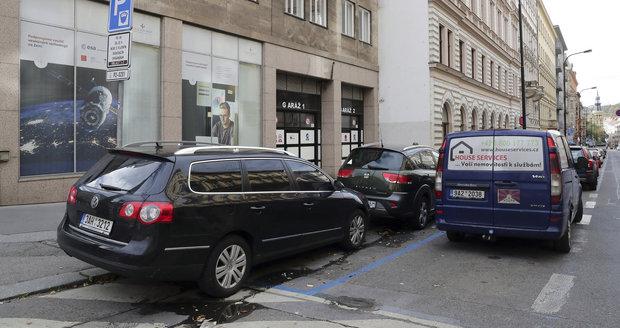 Dopravní komplikace v Žitné ulici potrvají do konce června letošního roku. (Ilustrační foto)