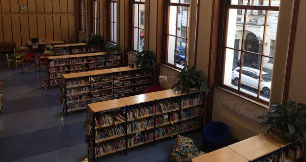 Všechny pobočky Městské knihovny v Praze fungují nyní při letní otevírací době, která se od celoroční malinko liší. (ilustrační foto)