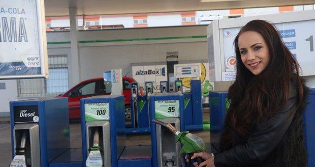 Za palivo si připlatíme. Nafta se vyšvihla na 30 korun, benzin na 30,79 Kč