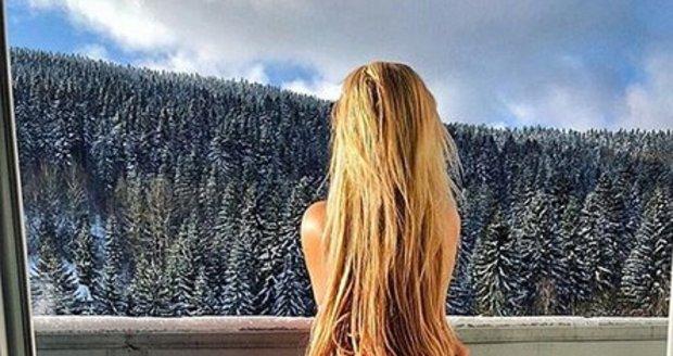 Dominika Myslivcová vystavovala na horách zadek