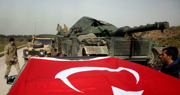"""Erdogan je nadšený, kurdské město v Sýrii mu padá do rukou. """"Vlají nad ním turecké vlajky."""""""