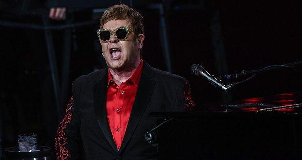 Britský zpěvák Elton John