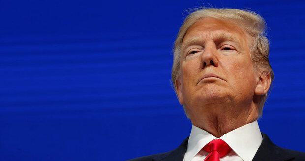 """""""Amerika je na prvním místě!"""" Trump v Davosu mluvil o teroru i uprchlících"""