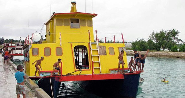 Loď s 50 lidmi je už týden nezvěstná. Hledají ji záchranáři i z Nového Zélandu