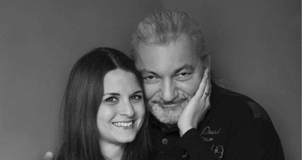 Dan Hůlka se svou manželkou Barborou