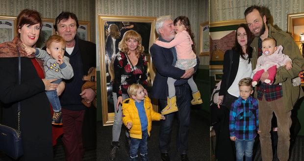 Známé celebrity vyvedly své potomky do Divadla kouzel Pavla Kožíška.