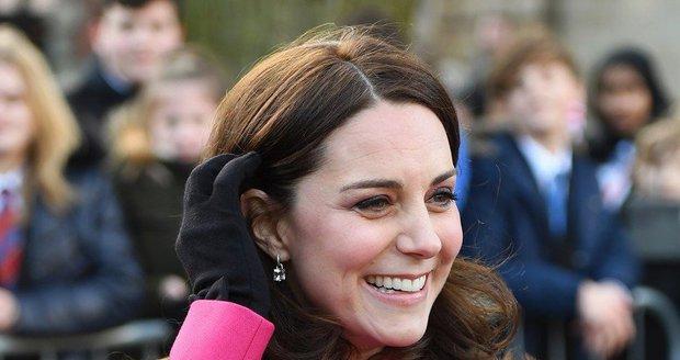 Vévodkyně Kate je v porodnici! Půjde s miminkem domů ještě dnes?