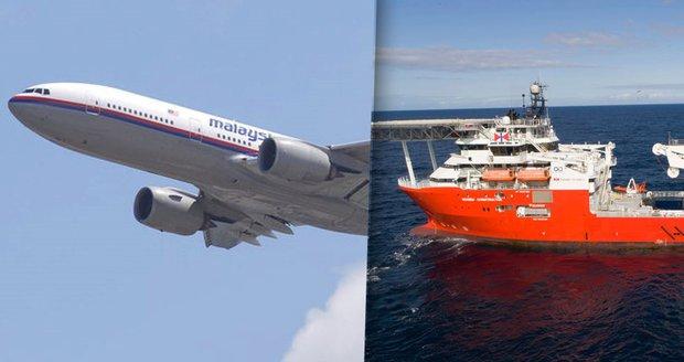 Záhada ztraceného letu MH370 narůstá. Z radarů zmizela už i pátrací loď