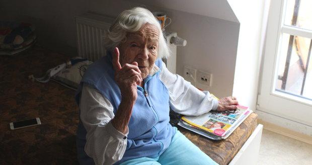Česko se mění v zemi starců: Stoletých budou tisíce, seniorem každý třetí