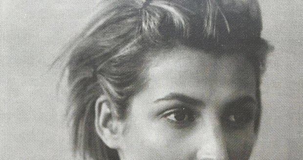A ještě jedna archivní od Terezy Maxové z dob, kdy nosila krátké vlasy!