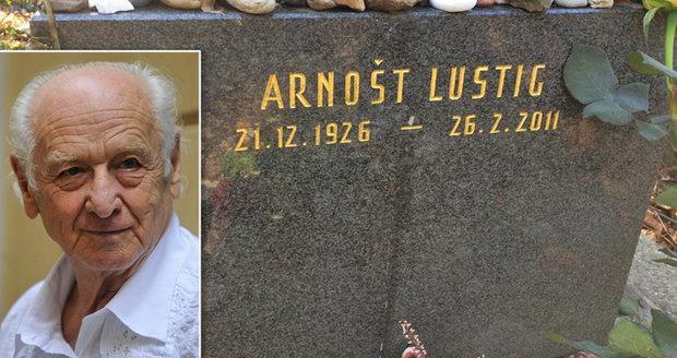 Okolí Nové synagogy v Libni má nést jméno Arnošta Lustiga.