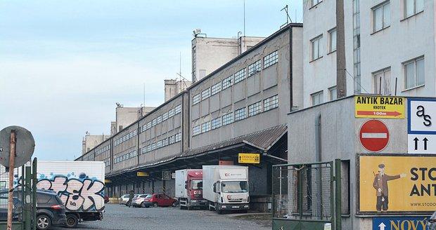 Nákladové nádraží Žižkov se mění před očima (fotografie z února 2018).