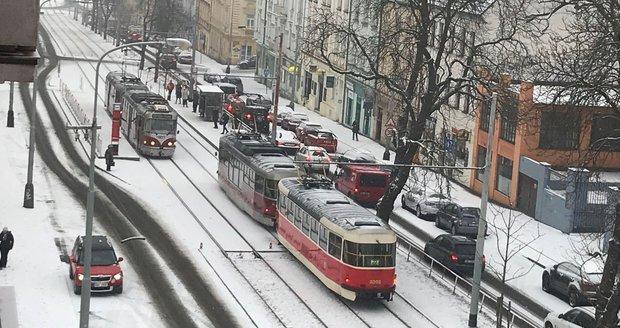 Podprůměrné teploty se v Česku udrží další dva týdny