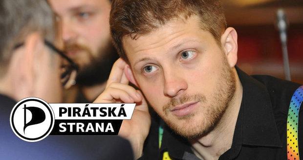 Matěj Hollan byl hlavní volební tváří a politickým lídrem hnutí Žít Brno. Nyní přestupuje na kandidátku Pirátů.