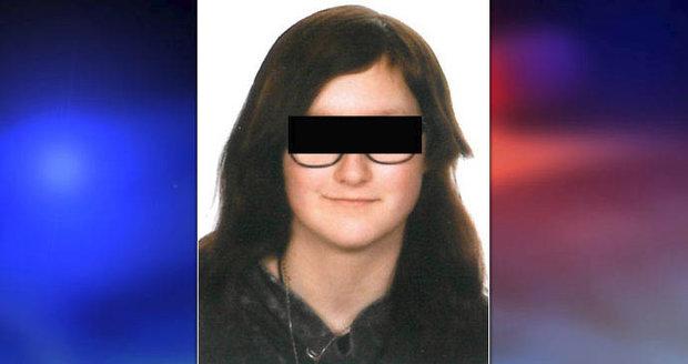 Míša (13) z Prostějova zmizela při venčení psa: Našli ji stovky kilometrů od domova