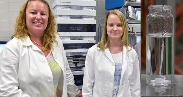 Brněnští vědci pod vedením Lucy Vojtové (vlevo) vyvinuli gel na léčbu popálenin i rakoviny. Dávkovat se dá pacientovi na míru.